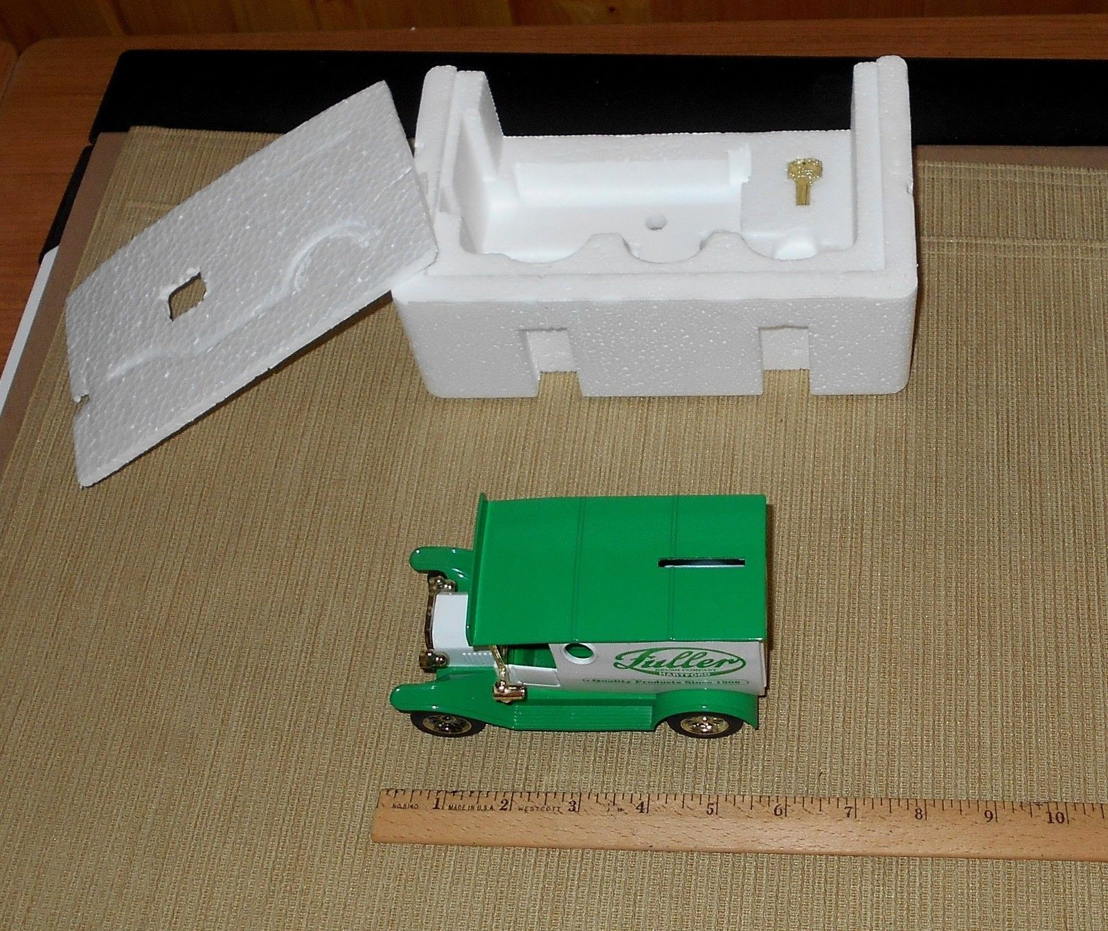 Fuller Brush Delivery Truck Bank #D461 with Box and Key