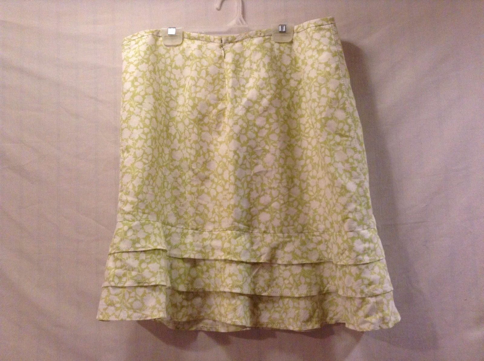 Great Condition Ann Taylor Loft Size 12 Linen Lime Green White Floral Skirt