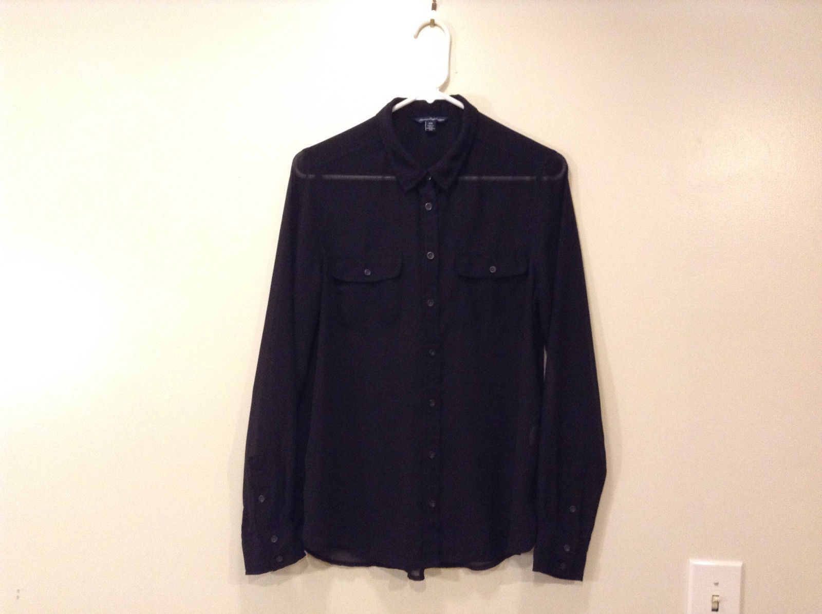American Eagle Outfitters Ladies Size M Black Sheer Fabric Blouse Shirt