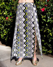 MULTICOLOR SKIRT, STRAIGHT, WITH 2 SLITS. SIZE S. NEW. AMEYNRA DESIGN - $15.00