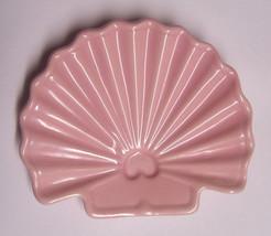 Vintage Flamingo Pink Sea Shell Beach Nautical ... - $14.99
