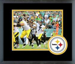 Ben Roethlisberger 2016 Steelers Action -11 x 14 Team Logo Matte/Framed Photo - $42.95