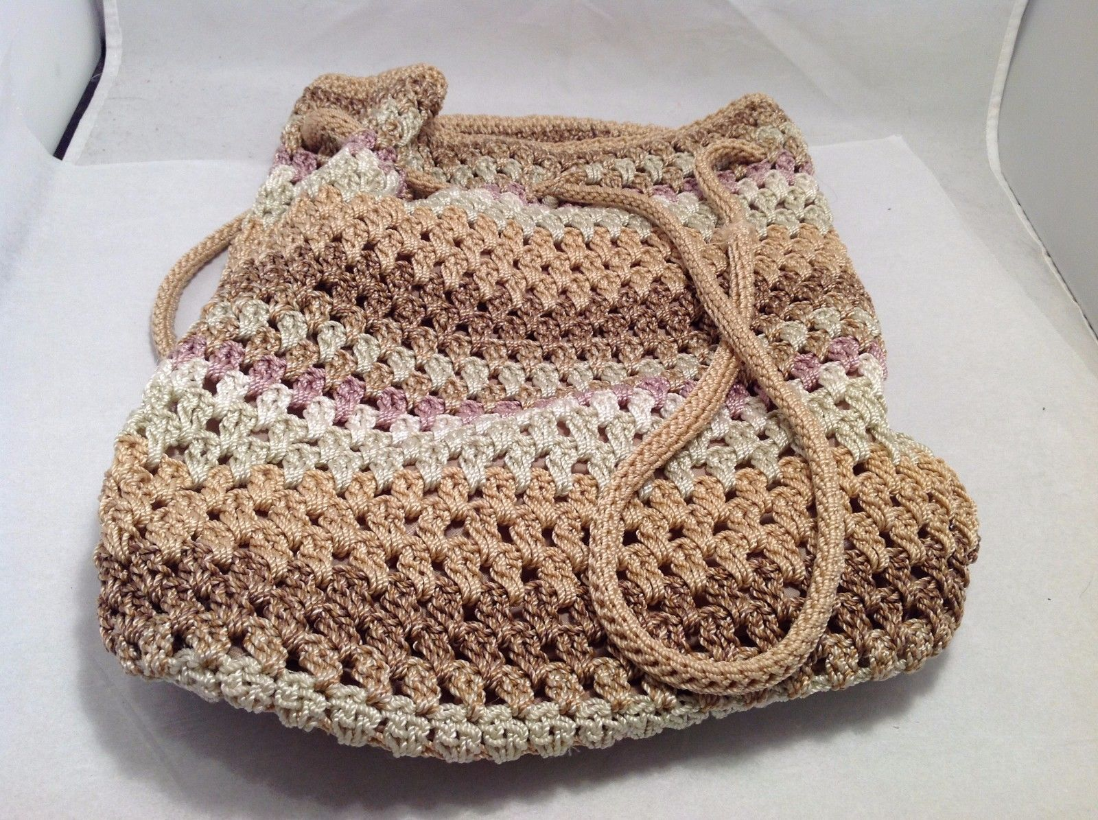 Great Condition The Sak White Brown Gray Pink Tan Pull String Purse Zip Pouch