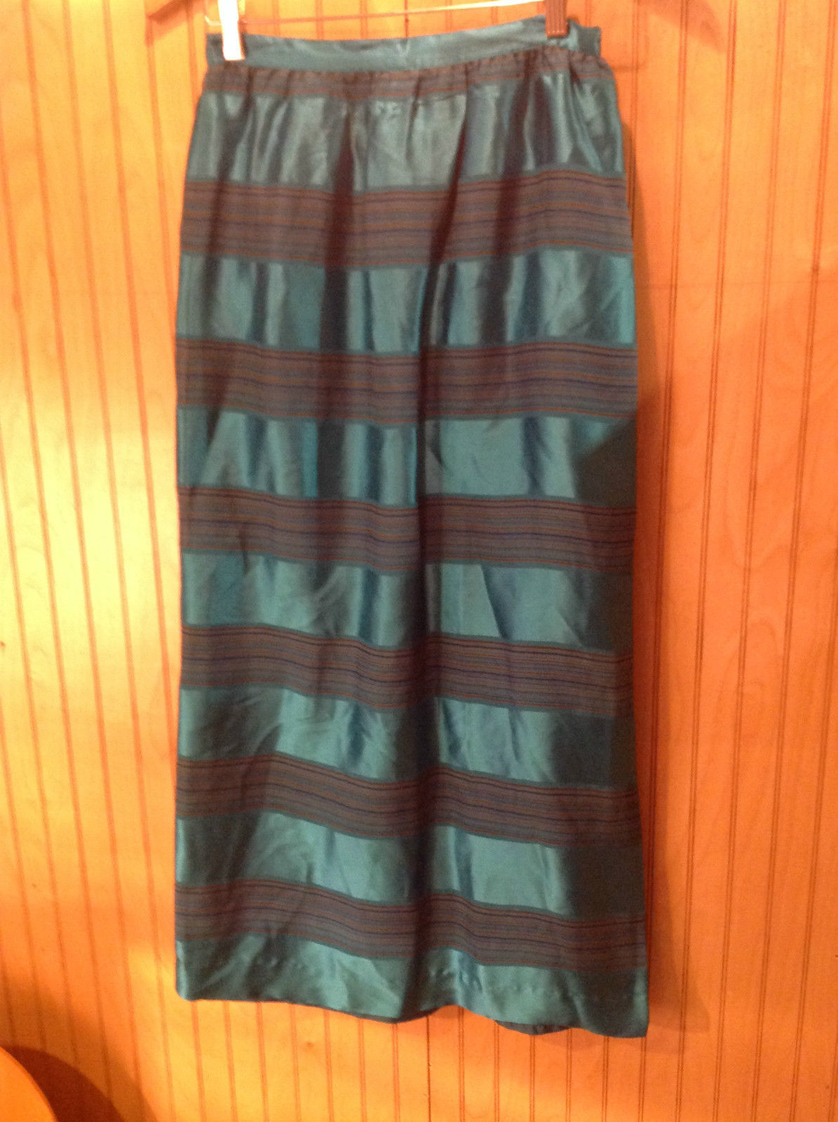 Anna Giardini 100 Percent Silk Size 8 Long Turquoise Skirt Red w Blue Stripes