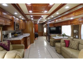 2012 Newmar MOUNTAIN AIRE 4344 Used Class A For Sale In Leesburg, VA 20176 image 5