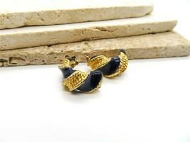 Vintage Navy Blue Enamel Gold Tone Twisting Hoop Pierced Earrings NN38 - $13.59