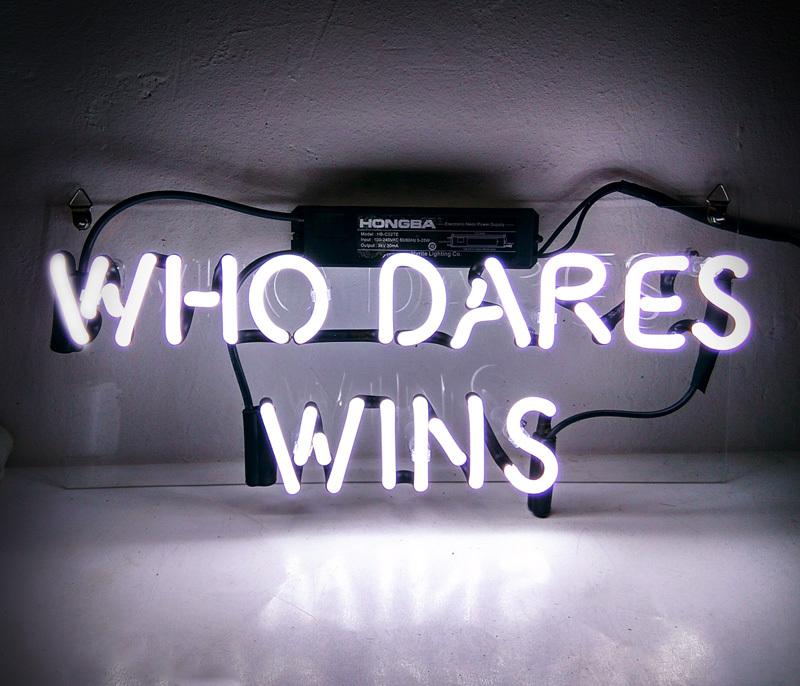 Tn 077 who dares wins      14x6 001
