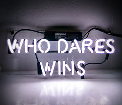 Tn 077 who dares wins      14x6 001 thumb200