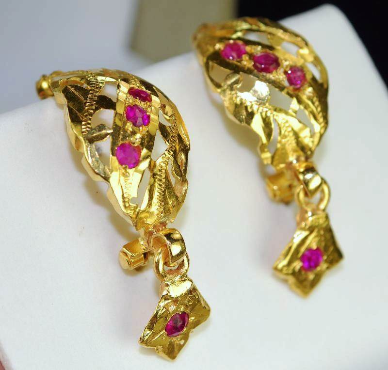 Ruby Earrings 23k Solid Baht Gold Thai Burmese Rubies Vintage Dangle Earrings