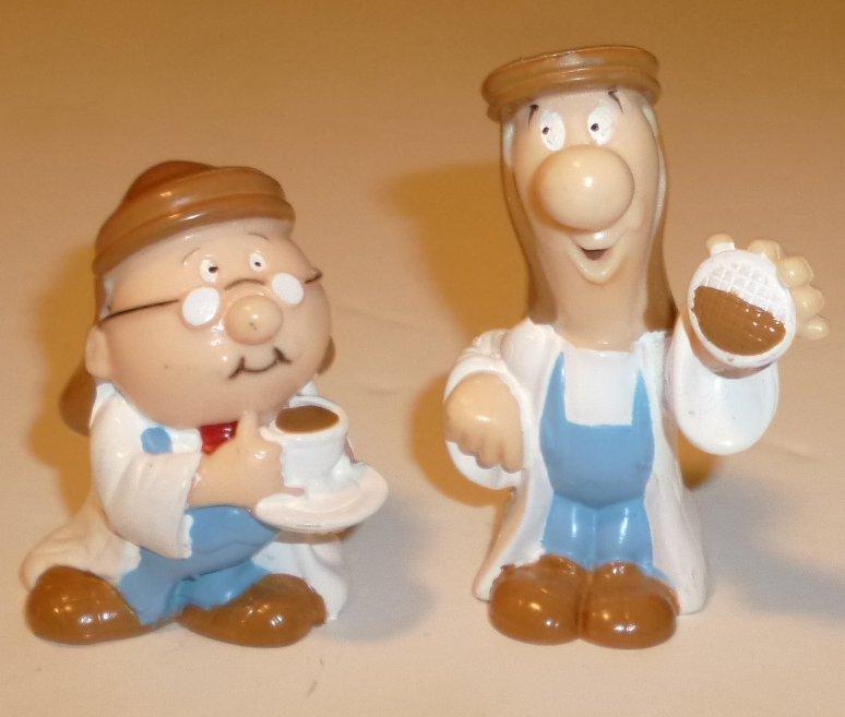 "LYONS TETLEY lot of 2 different Folk Man w/cup of tea vinyl Figures 2-2.5"""