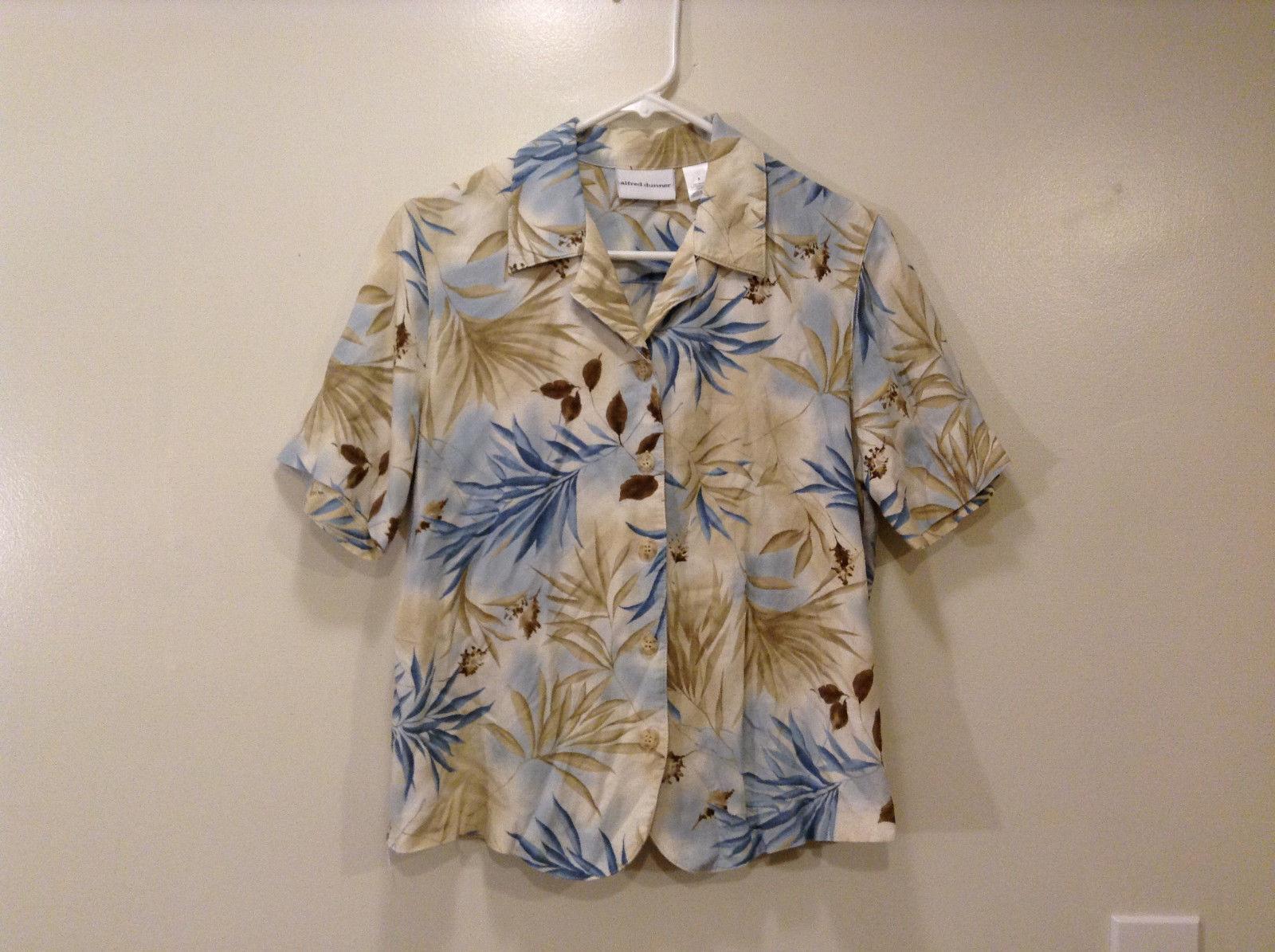 Alfred Dunner Ladies Lt. Blue/Lt. Brown Exotic Leaves Blouse, Size 8