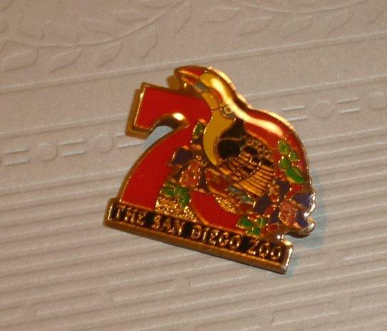 """THE SAN DIEGO ZOO souvenir lapel PIN 1"""""""