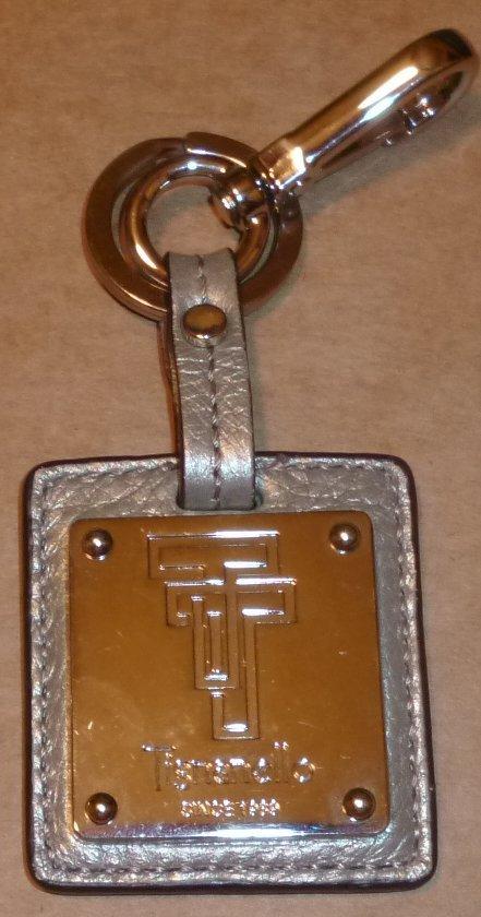 "TIGNANELLO silver (gray) leather keyring key chain 3.25"""