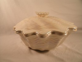 Beautiful Vintage MADDUX of Calif 3037 USA Clam... - $37.62
