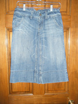 Ladies American Eagle Denim Bermuda Shorts - Size 2 Reg. - $13.72
