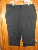 Lane Bryant Black Cotton Stretch Capri Pants - Size 20 - $16.67