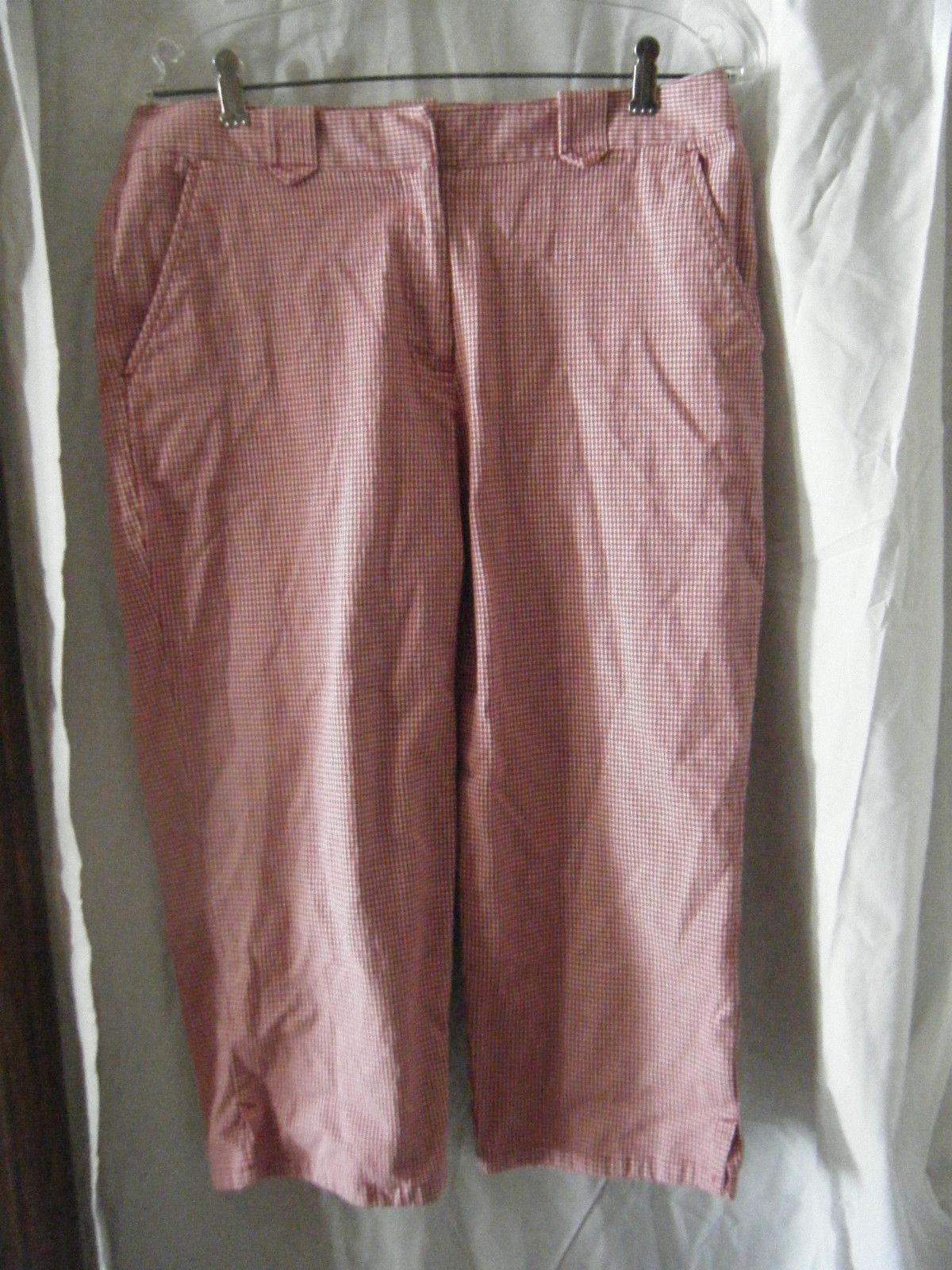 Liz Claiborne Villager Red & White Check Stretch Capri Pants - Size 10 - $14.71