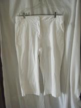 LizClaiborne New York Cotton Stretch White Capri Pants - Size 12 - $14.71