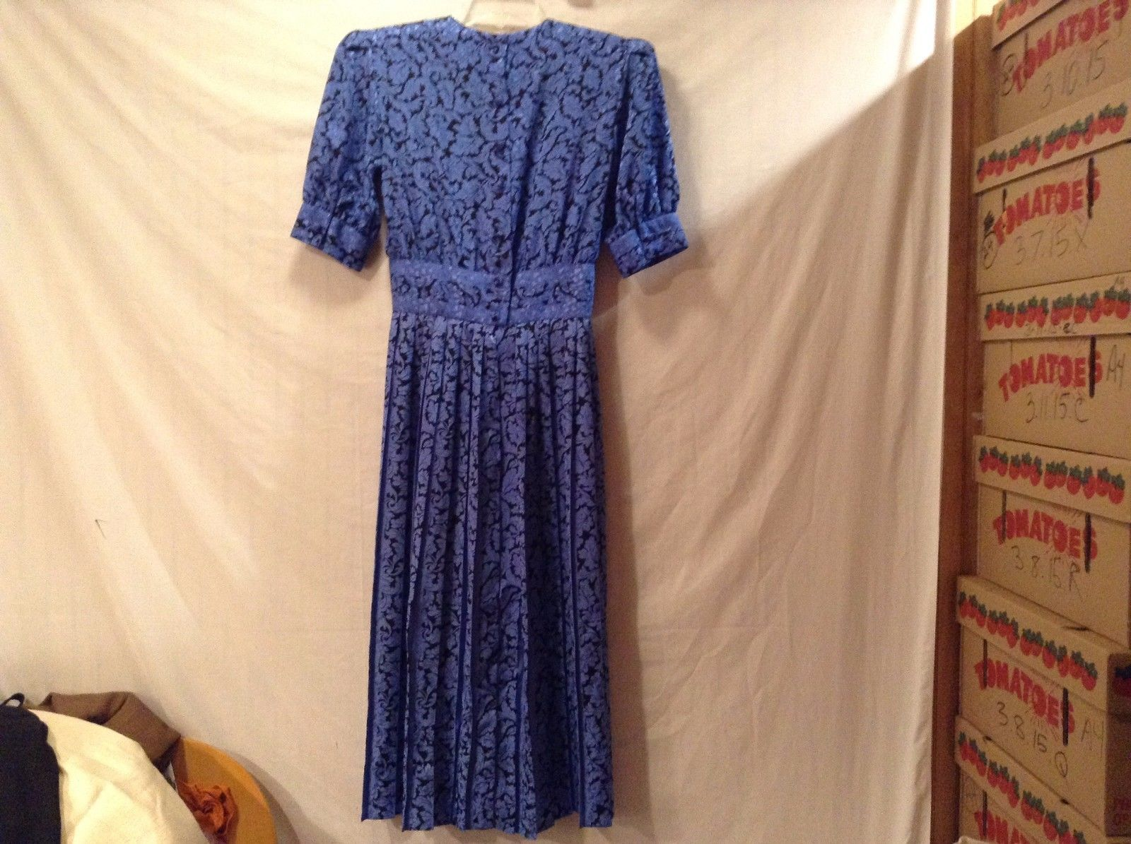 Used Great Condition  Maggy Boutique 100% Polyester Size 4 Blue Black Leaf Dress