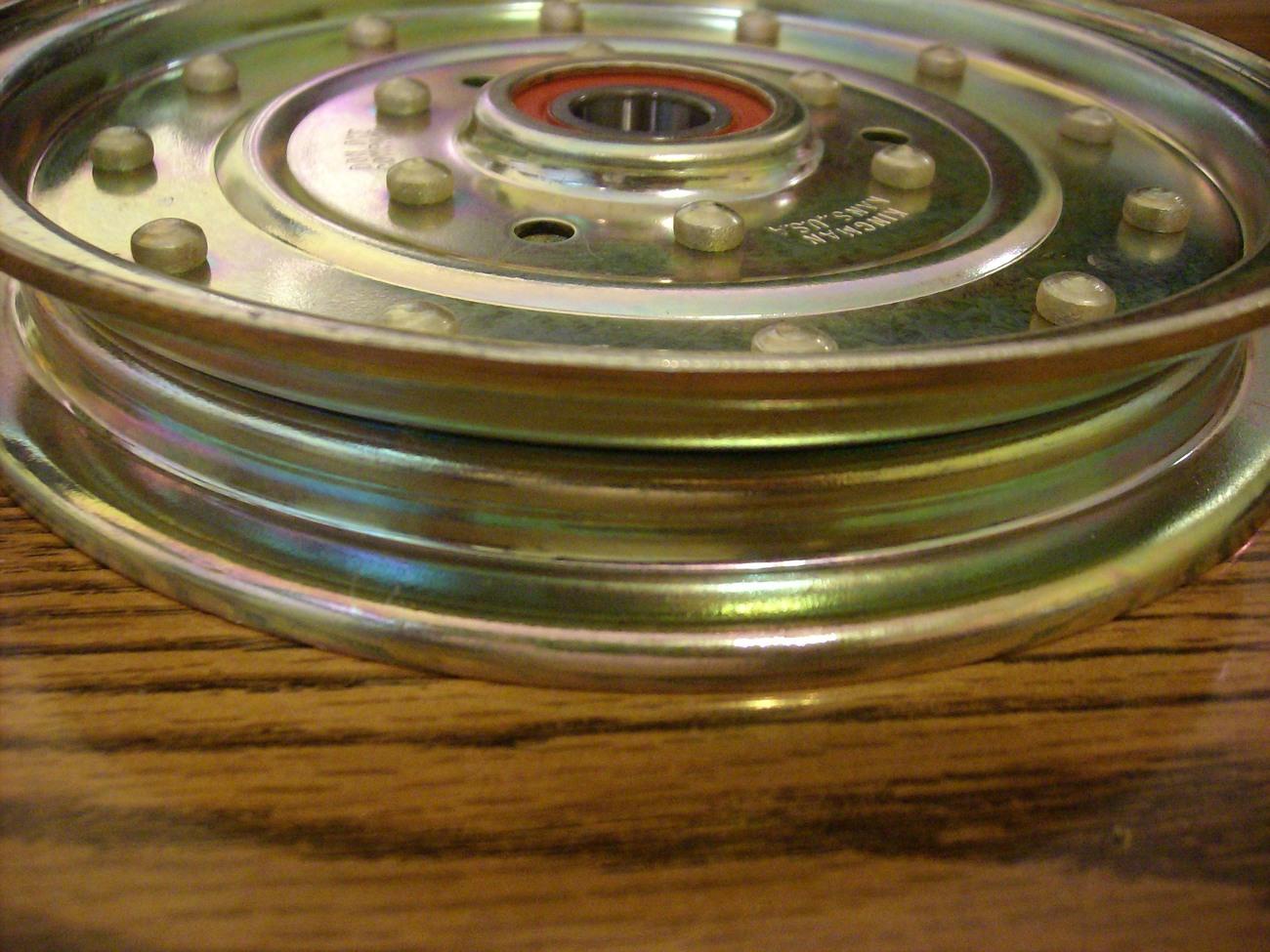 Exmark Lazer Z and Lazer XP deck idler pulley 1-633109 / 633109
