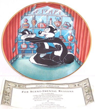 Looney Tunes Collector Plate For Scent-Imental ... - $49.95