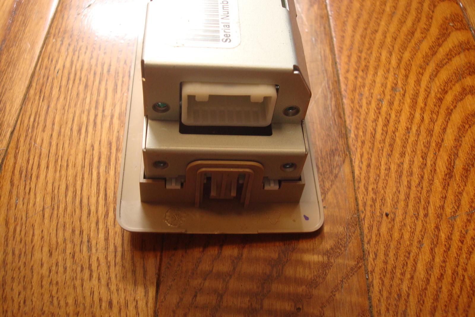 2004-2007 NISSAN QUEST OEM Rear Audio DVD CD Radio AUX Control Switch