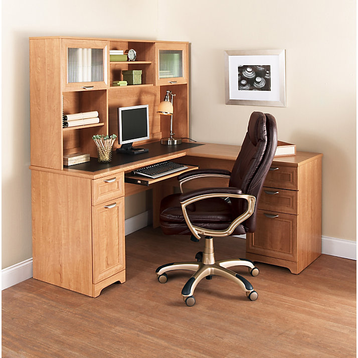 Magellan Desk With Hutch Whitevan