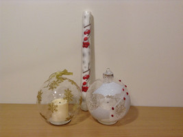 Christmas Home Decor Two Ornament Glass Balls with Flameless Led Candles inside