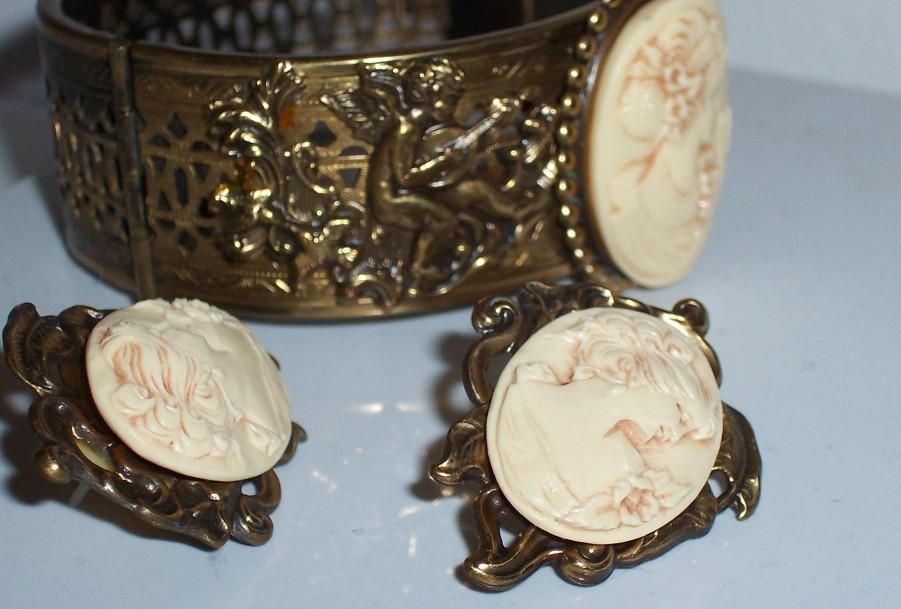 Vintage Carved Cameo Cuff Bracelet & Earrings Set / Nice!
