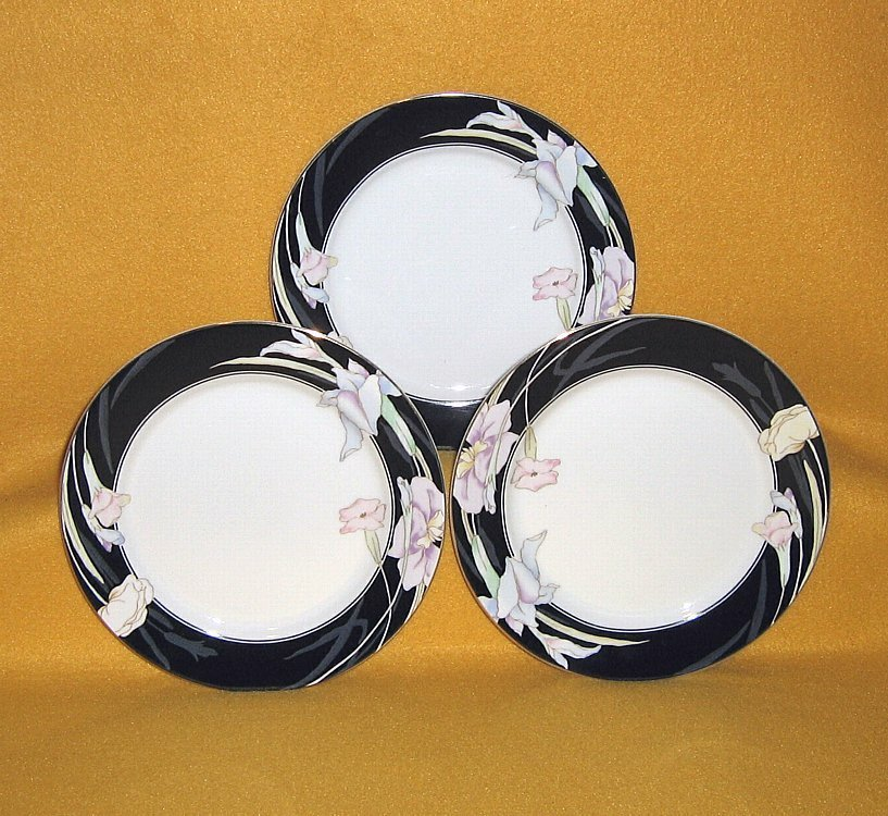 Primary image for Mikasa Charisma Black L9050 3 Salad Plates