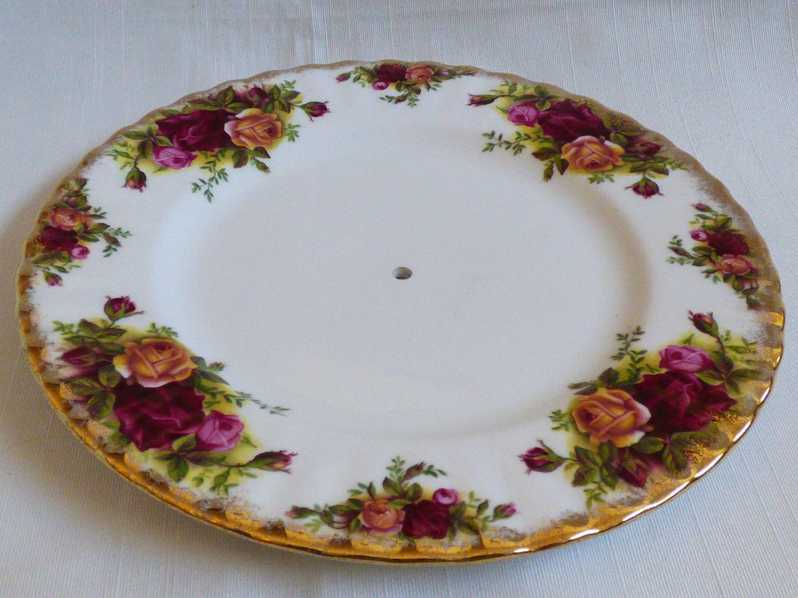Royal Albert England Bone China Old Country Roses tier plate pierced server