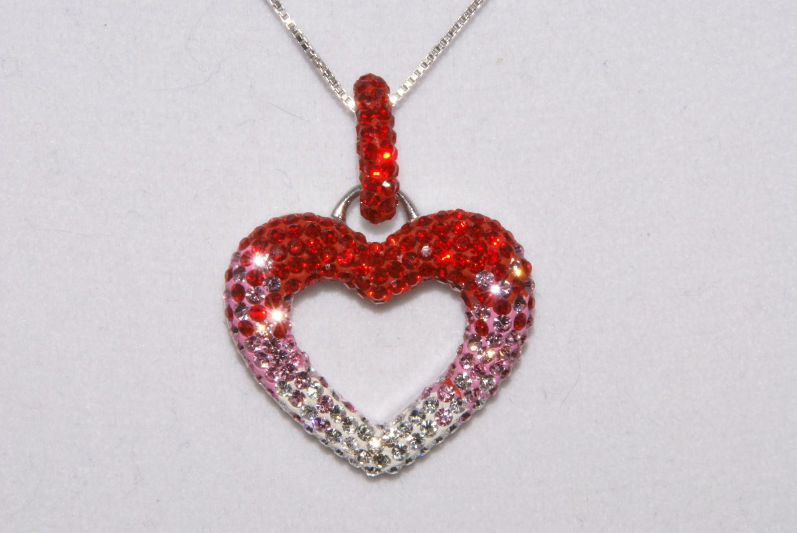 gorgeous chelsea taylor swarovski crystal pendant heart. Black Bedroom Furniture Sets. Home Design Ideas