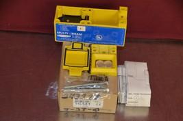 Banner Engineering SBE 16441 Multi-Beam Scanner Block Emitter NIB - $44.55