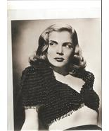 Screen Legend -- Lizabeth Scott 8 x 10 B&W photo - $4.95