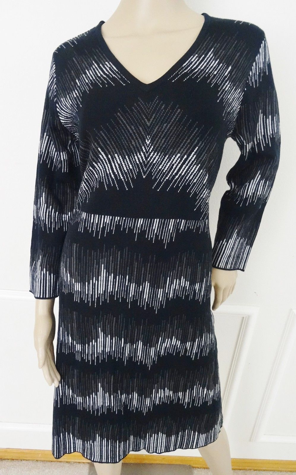 Primary image for Nwt Anne Klein V neck Flare Work Sweater Dress Sz L Large Black White Print $129
