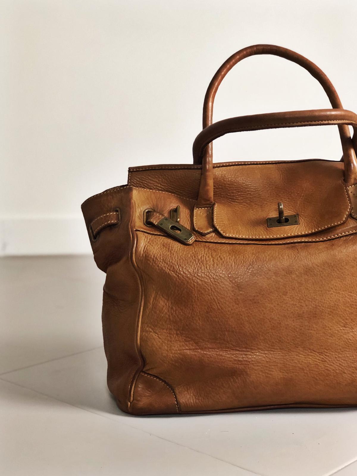 CLOSER BAG handmade leather bag image 2