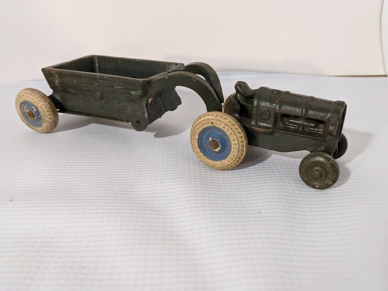 Primary image for Arcade Balloon Tractor and Trailer Cast Iron Toy Painted