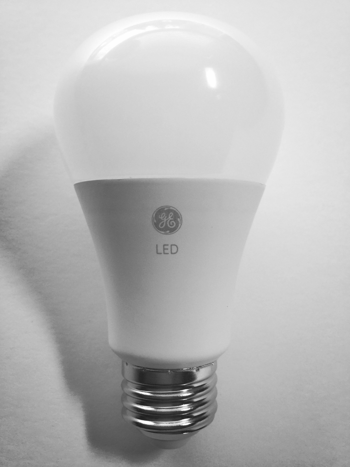 Daylight Led Bulbs: 8 GE LED Daylight 60W Equivalent Dimmable A19 Light Bulb
