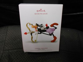 "Hallmark Keepsake ""Lookin' For Love - Goofy""  2018 Orrnament NEW See Det... - $6.19"