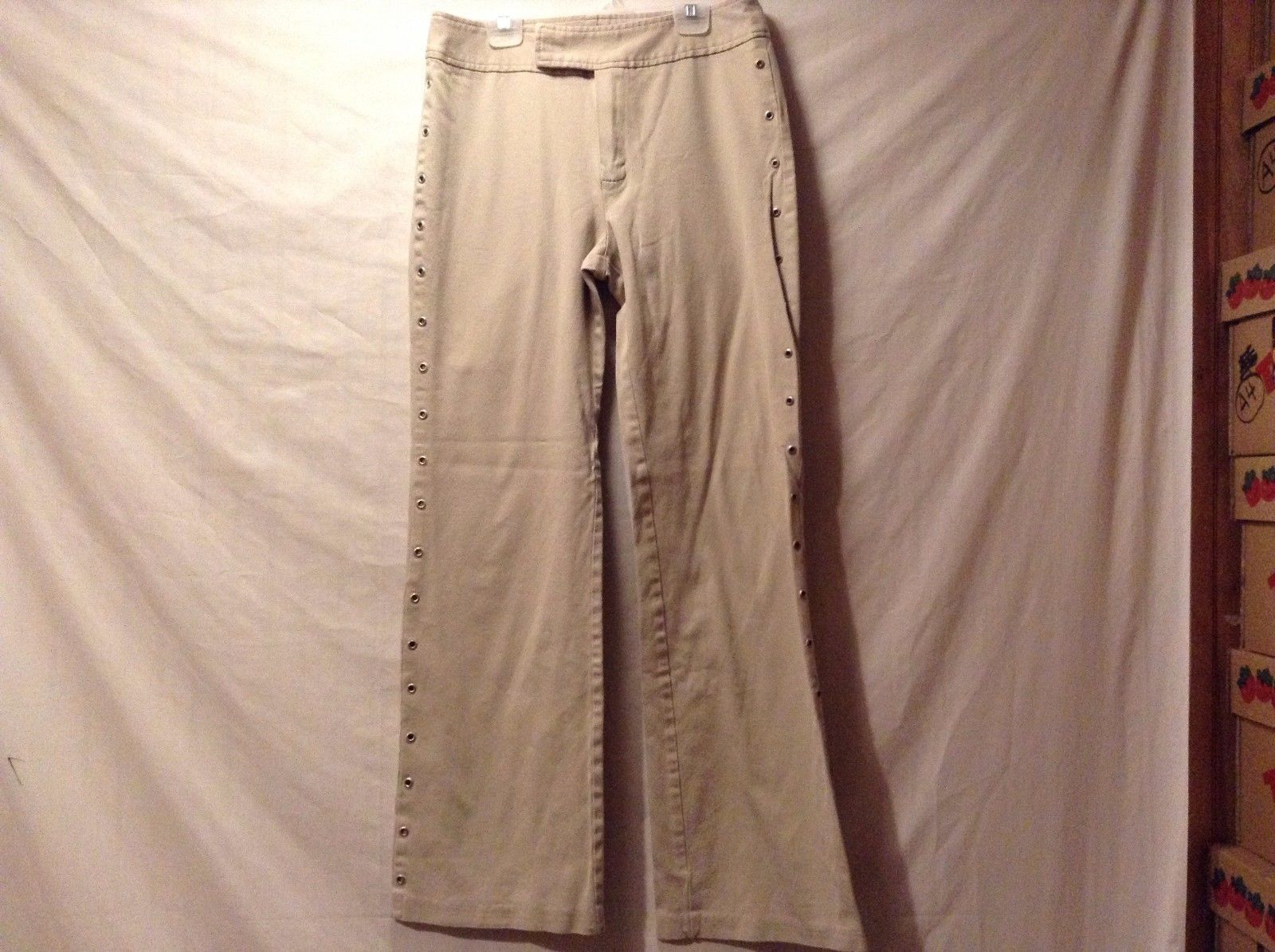 Used Great Condition Clio Cotton Blend Size 8 Tan Pants Button Sides
