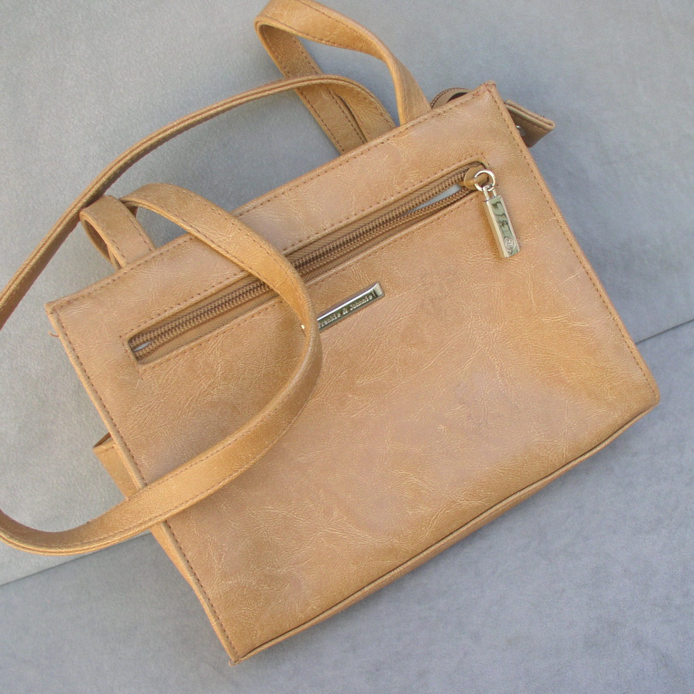 Handbag Purse by Frankie and Johnnie in Butterscotch Brown
