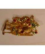 Vintage Sleigh and Present Lapel Pin Jewelry - $3.99