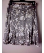 BANANA REPUBLIC Floral Print 100% Silk Skirt, Beiges, Below Knee Size 6 - $19.55