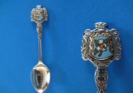Cloverdale Bc. Souvenir Collector Spoon Collectible Dogwood Flower Vintage - $6.95