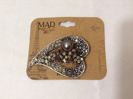 NEW MAD Style Silver tone Heart with Black Clear Crystals Faux Pearl Pin Brooch