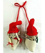 Christmas Mice Dutch Clogs Shoes Hanging Burlap Wall Décor Ceramic - $28.61