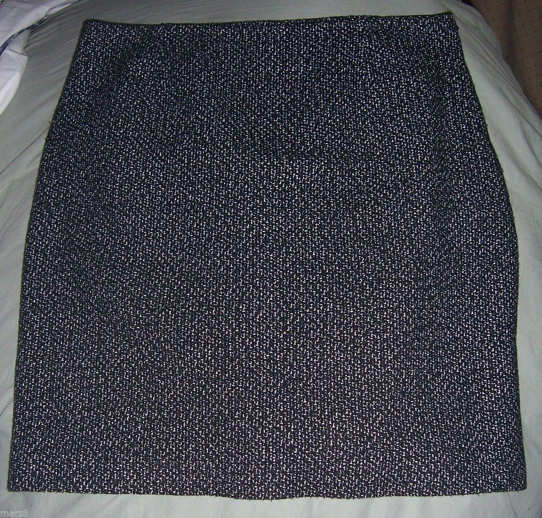 Jones Wear Black & White woven Acrylic Pencil Skirt Misses Size 12 - $27.12