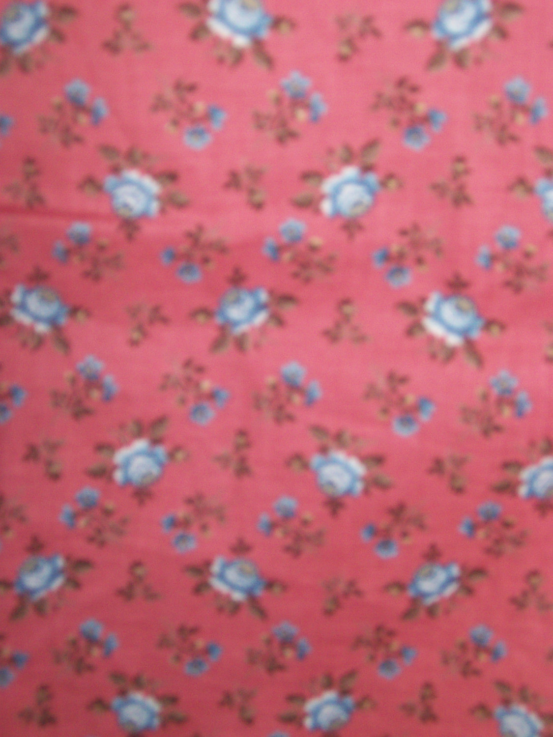 Cranston Print Works  Blue Yellow White lowers on Navy 100/% Cotton Fabric