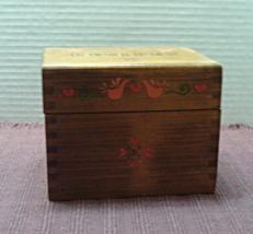 Vintage Wooden RECIPE BOX// Orange Doves & Hearts Design // Recipe Cards - $13.00
