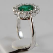 18K WHITE GOLD FLOWER RING WITH DIAMONDS & OVAL GREEN EMERALD 1.02 MADE IN ITALY image 3